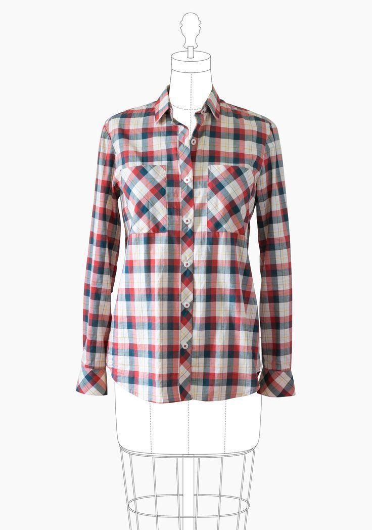 Une chemise à carreau